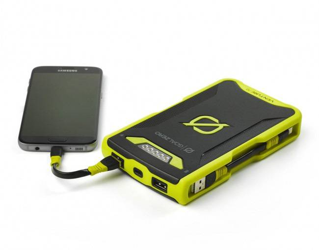 GoalZero Venture 70 Recharger - Lightning + Micro USB